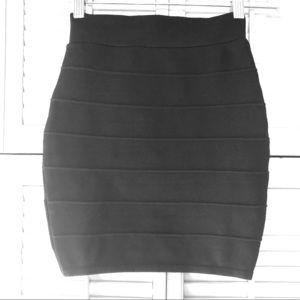 Dresses & Skirts - 💣💣bodycon mini skirt 🔥🔥